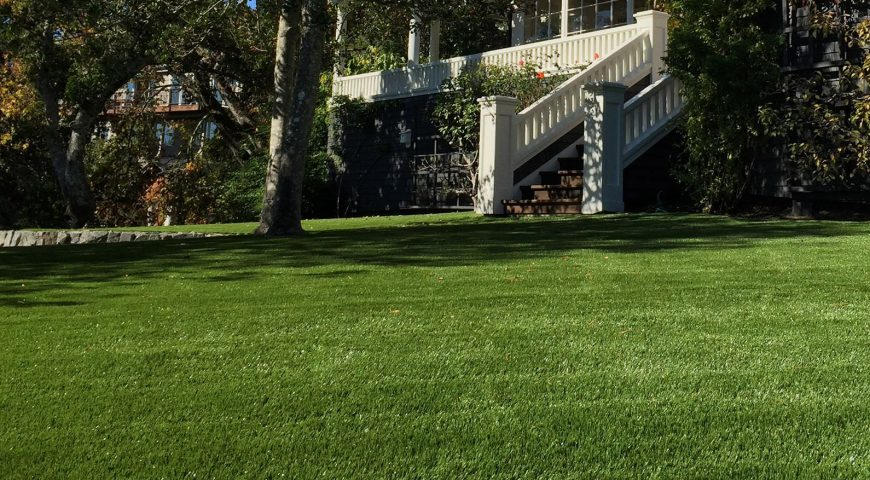 Artificial grass installation service with 10 years of warranty: Trust our experience!
