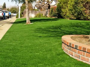 Artificial lawn installed in the front yard