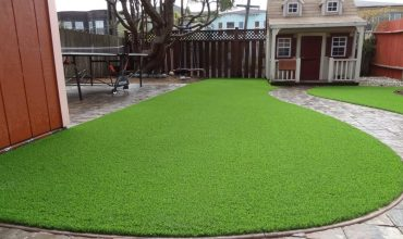 Beautify your backyard with artificial turf