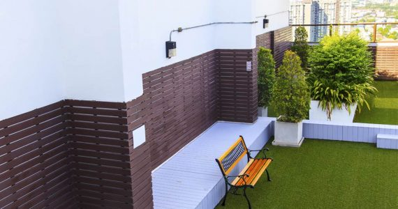 Synthetic grass on your roof