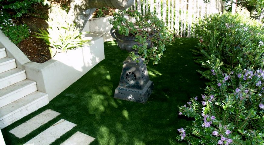 Benefits of using artificial turf in the gardens