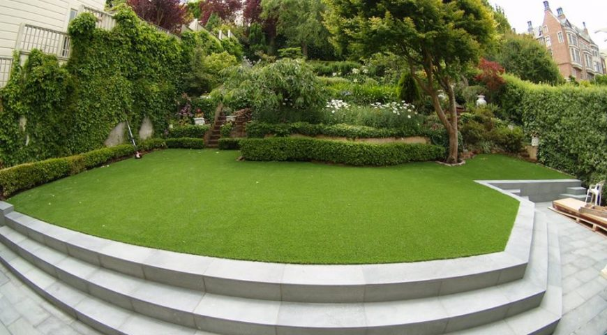 The synthetic grass and the harmony with environment