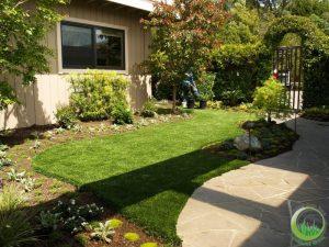 Artificial turf & sod in a backyard in Bay Area