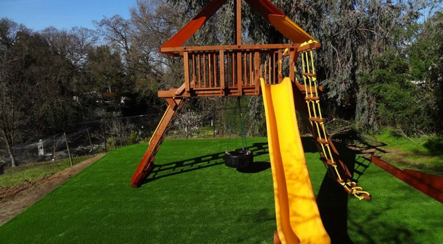Using artificial grass in schools and playgrounds in San Jose, CA