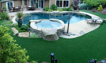 Artificial Grass Around Swimming Pools