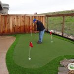 Synthetic grass for putting green areas in Oakland, CA