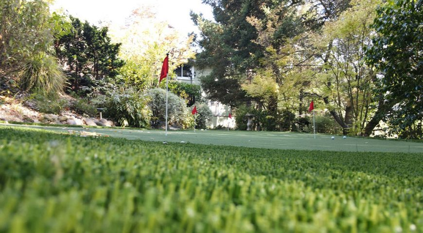 Five steps to selecting the best artificial grass for your putting green