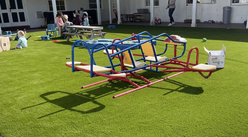 New playgrounds for children at school: the best synthetic grass