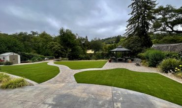 Synthetic Grass for Gardens and Terraces – Alternatives to Using Natural Grass